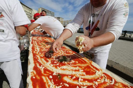 longest-pizza-toppings